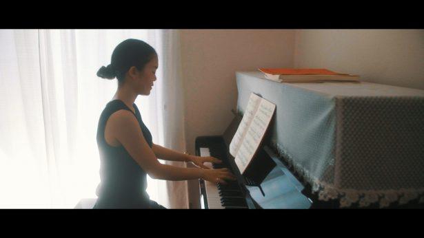 新婦様のピアノ